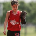 softball-player-female-glove-163330